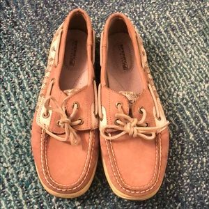 Classic Sperry boat shoes with herringbone pattern